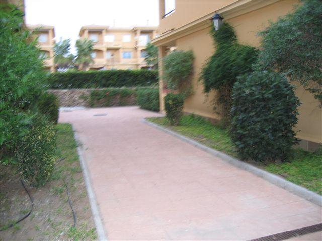 Jardines entrada